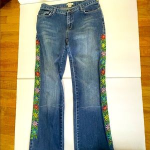 VTG High Waisted Birds Flowers Embroidery Jeans
